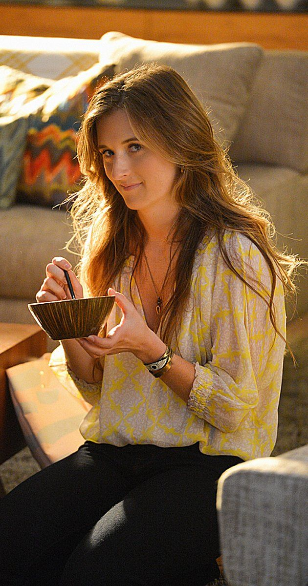 Grace Gummer photos, including production stills, premiere photos and other event photos, publicity photos, behind-the-scenes, and more.