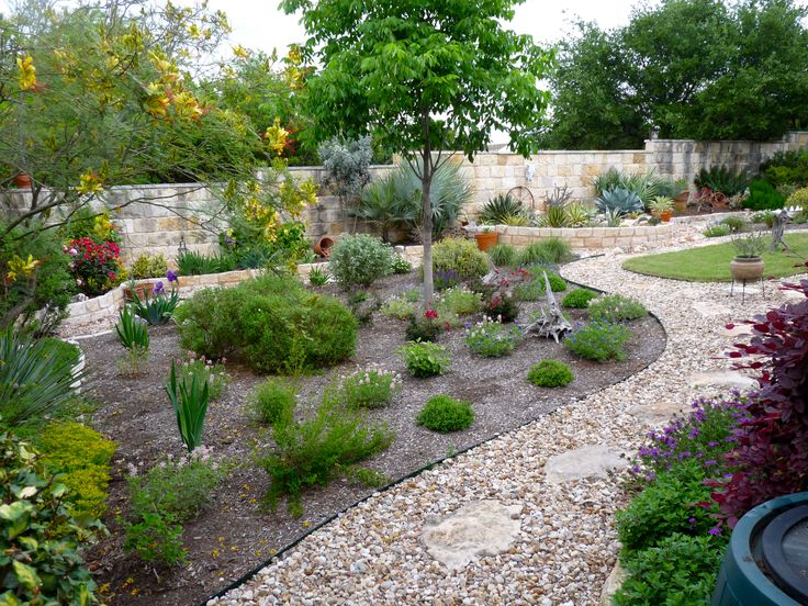 Love Pea Gravel Paths. Texas LandscapingWater Wise ...
