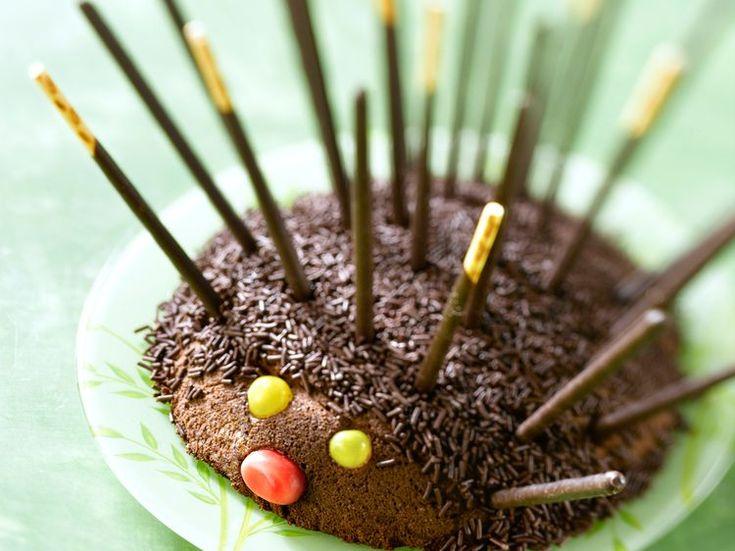 Découvrez la recette Gâteau au chocolat simple sur cuisineactuelle.fr.