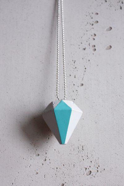 Beton-Anhänger Kette Diamant // concrete necklace, diamond via DaWanda.com