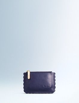 Add a Scalloped Coin Purse in blueberry colour... it's a must!