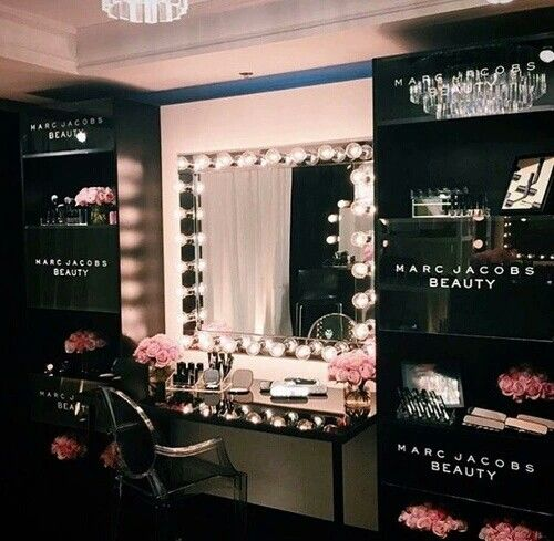 Marc Jacobs Beauty Area