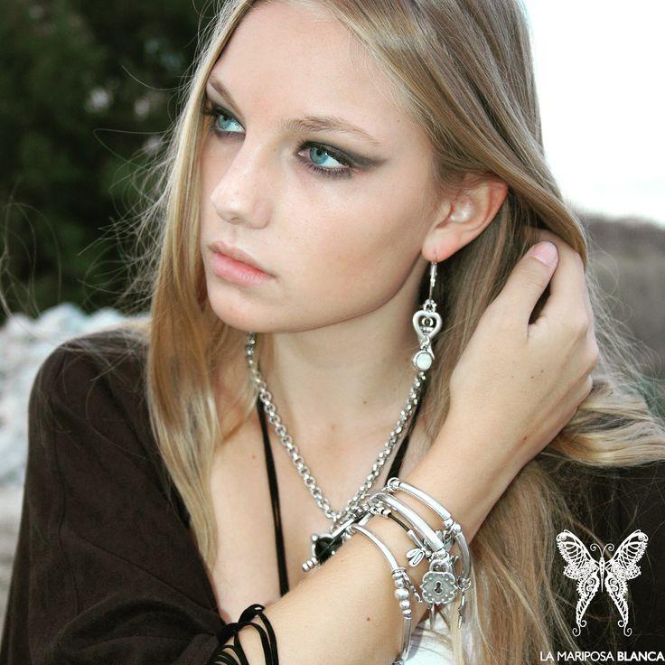 Pulseras, pendientes, collares Mariposa Style  Bracelets, earrings, necklaces Mariposa Style