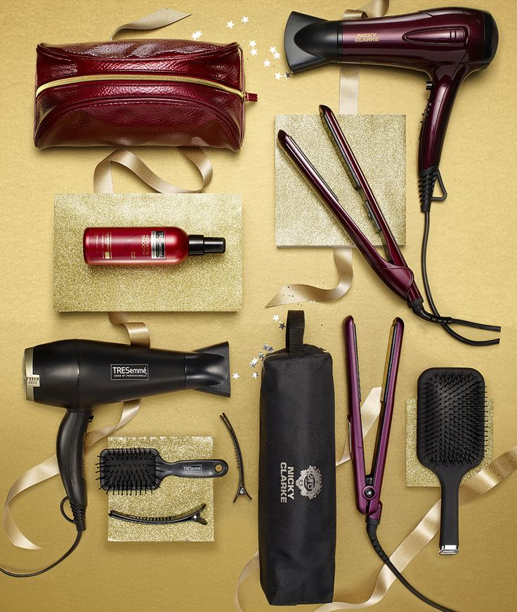 #Creative #christmas #product #photography at RGB Digital Ltd, West London Studios #xmas #gifts #giftsforher #hairproducts #hair #appliances #xmasshoot #xmas17 #gold #ribbon #hairdryer #hairstraightners #hairgifts #beauty #goldwrap #giftideas
