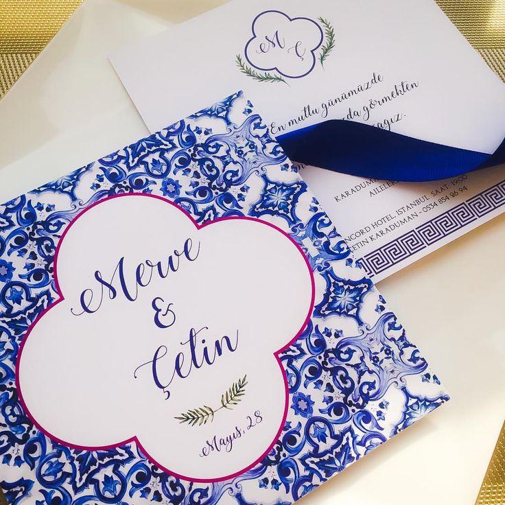 Details of Mykonos . . . #greekwedding #davetiye #davetiyetasarim #dugunhazirliklari #savethedate #wedding #hochzeitskarten #bruiloft #hochzeit #weddinginvitation #weddingdetails #luxuryinvitations #davetiyemodelleri