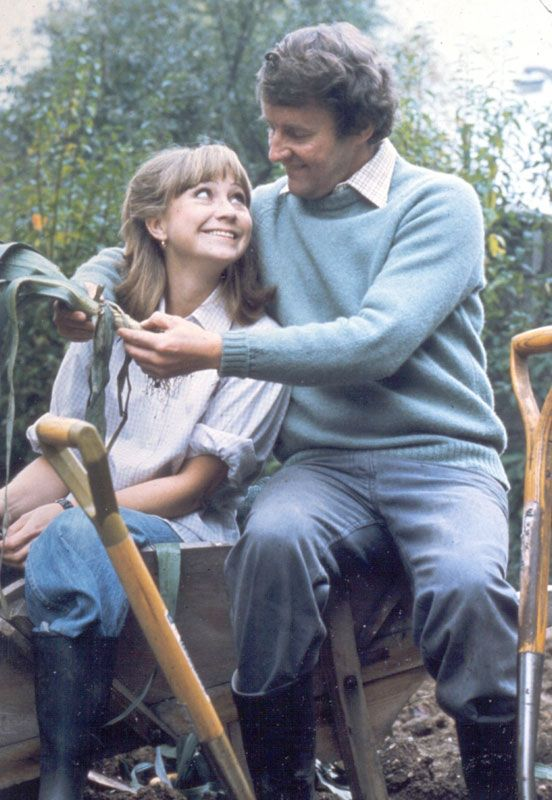 "Felicity Kendal (Barbara) and Richard Briers (14 January 1934 - 17 February 2013) (Tom) in the1975-78 TV series, ""The Good Life."""