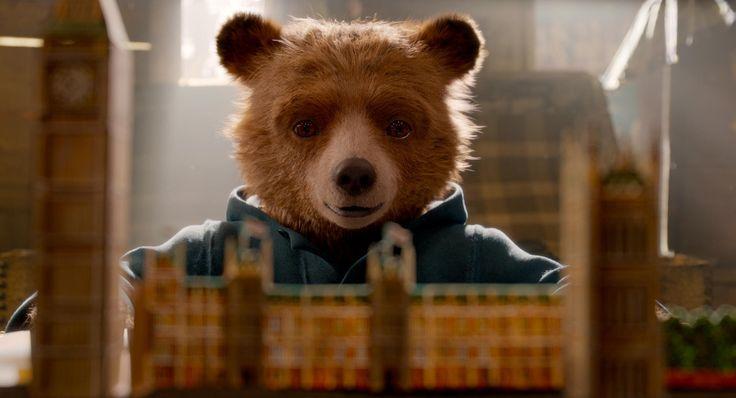 Paddington 2 : 無実のクマさんを刑務所から救え ! !、ファミリー映画の続篇「くまのパディントン 2」が、ヒュー・グラントが演じる落ち目の悪役を紹介した新しい予告編をリリース ! ! - 「ザ・シェイプ・オブ・ウォーター」で、オスカーを受賞するのでは?!と期待されるサリー・ホーキンスが主演女優のもう1本の注目作です!!   CIA Movie News    Ben Whishaw, Brendan Gleeson, Hugh Bonneville, Hugh Grant, Imelda Staunton, Jim Broadbent, Julie Walters, News, Padinton2, Paul King, Peter Capaldi, Sally Hawkins, StudioCanal, Weinstein Company, Madeleine Harris - 映画 エンタメ セレブ & テレビ の 情報 ニュース from CIA Movie News / CIA こちら映画中央情報局です