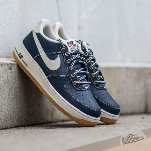 newest 05a5d a0239 Nike Air Force 1 Premium (GS) Obsidian  Light Bone-Gum Light Brown at a great  price 67 € only at Footshop.eu!