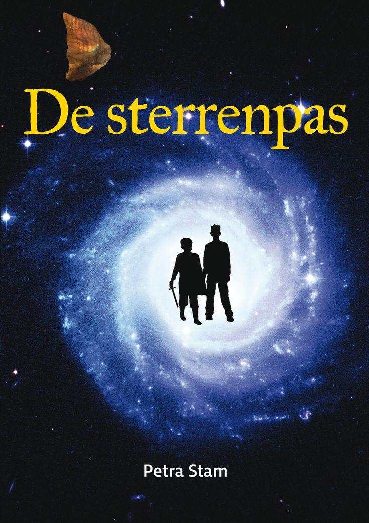 'De sterrenpas', Petra Stam Een ontdekkingsreis naar andere werelden en je eigen binnenwereld voor mensenkinderen van 6 tot minstens 99 jaar.  http://www.a3boeken.nl/nl/webshop/de-sterrenpas-petra-stam/