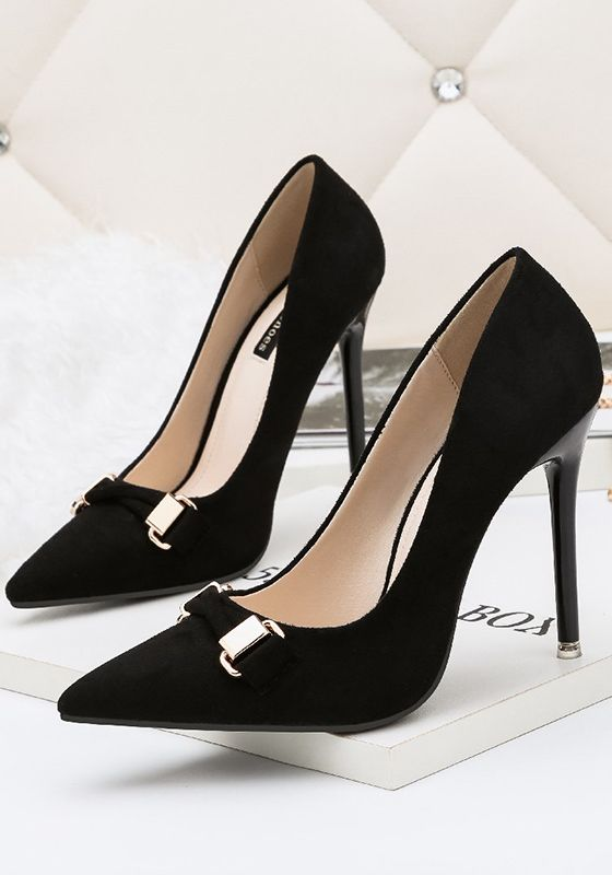 Black Point Toe Stiletto Metal Decoration Fashion High-Heeled Shoes