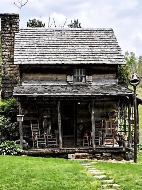 1000 images about rustic cabin on pinterest cabin for Cabin builders in arkansas