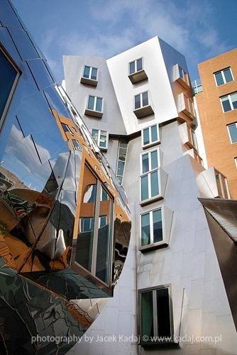 Moder architecture - MIT, Frank Gehry, Boston, USA