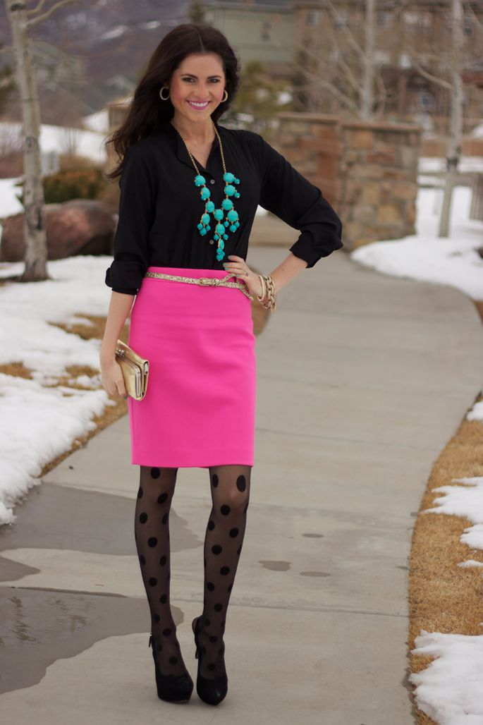 polka dot tights: Statement Necklaces, Style, Pink Skirts, Colors, Outfit, Hot Pink, Pencil Skirts, Polka Dots Tights, Pink Peonies