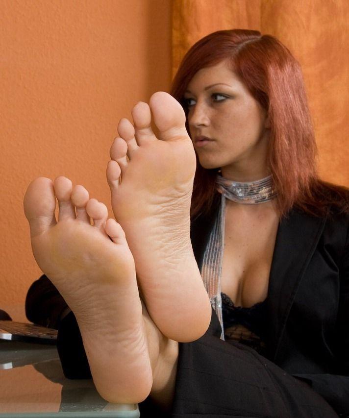 Pin On Pretty Feet-4941