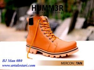 Sepatu Boots Pria  Kontak Kami: Holine / SMS : 081315979176 BBM : 224A1F27