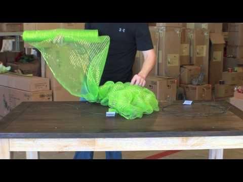 How to make a Deco Mesh Wreath.