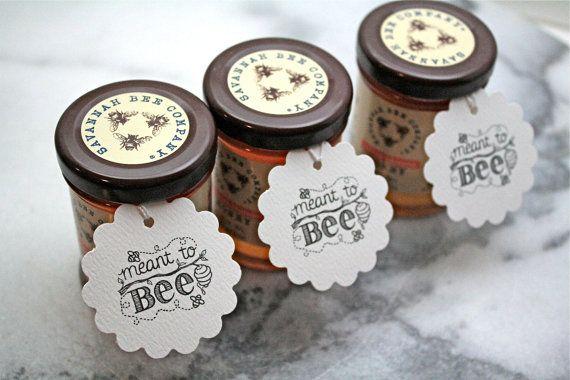 Gepersonaliseerde bruiloft gunst tags honing door ClementineWeddings