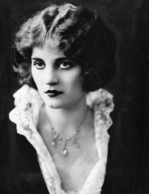 Tallulah Bankhead photographed by Ira L. Hill, 1922
