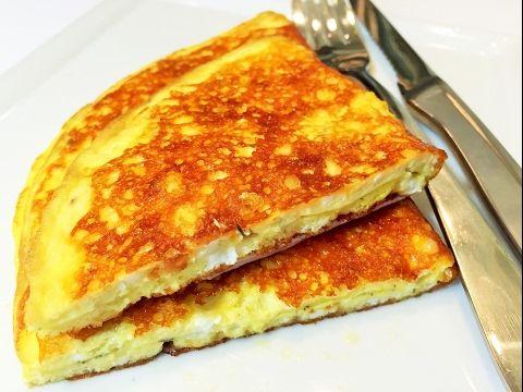 Сырный Хрустящий Омлет за 3 минуты.  Вкусный завтрак для школьников и родителей.  Сheese Оmelette. - YouTube