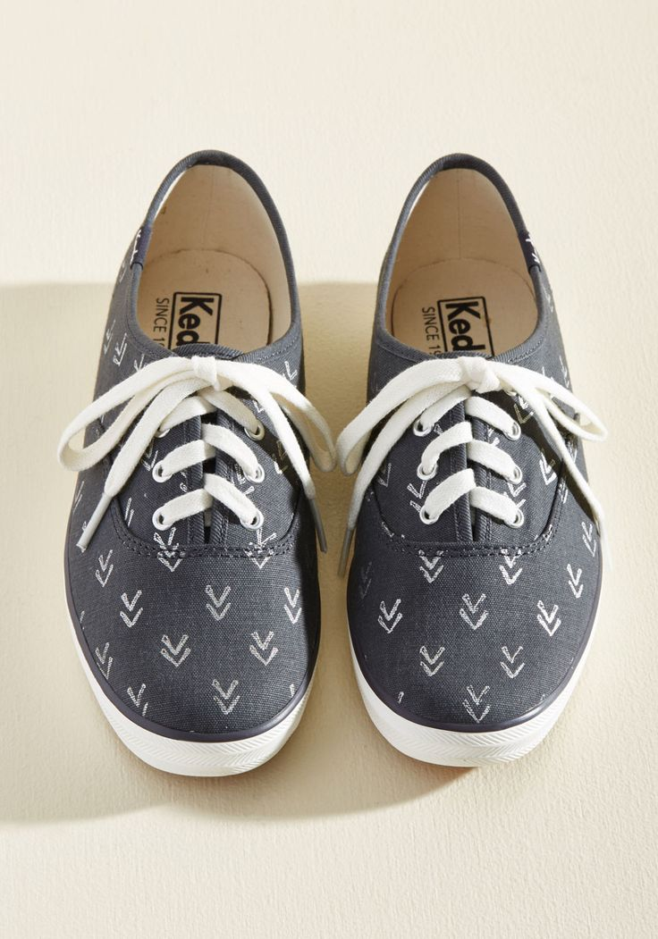 Very Important Skate Sneaker in Arrows. Being late isnt an option when youre this pumped to kick and push in these charcoal grey Keds. #grey #modcloth