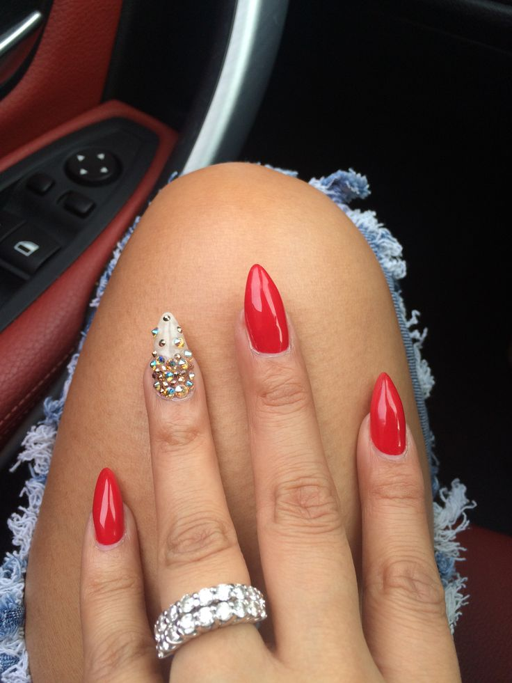 My Red stiletto nails @GLO_NJF