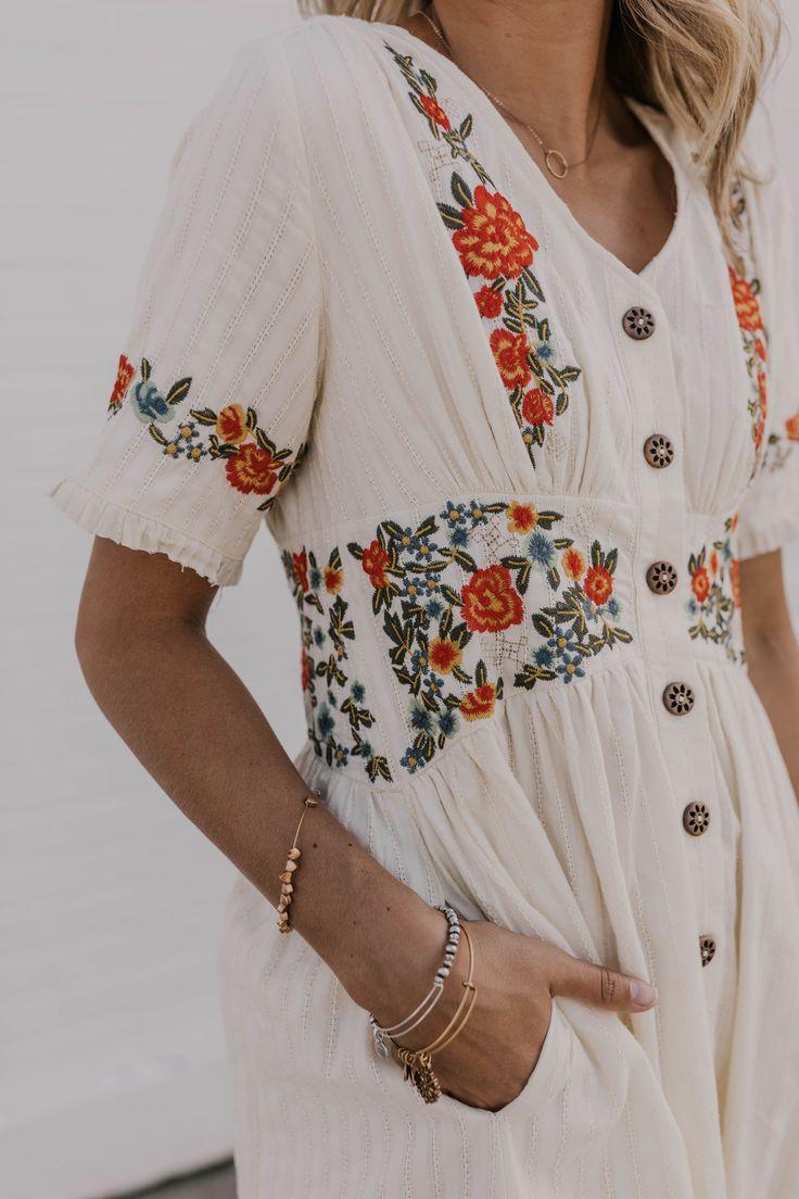 Modest Dress For Women Summer Dress Outfit Ideas For Women Modest Dresses For Women Summer Dress Outfits Modest Dresses [ 1104 x 736 Pixel ]