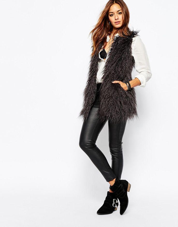 Image 4 of Noisy May - Yogi - Faux Fur Vest