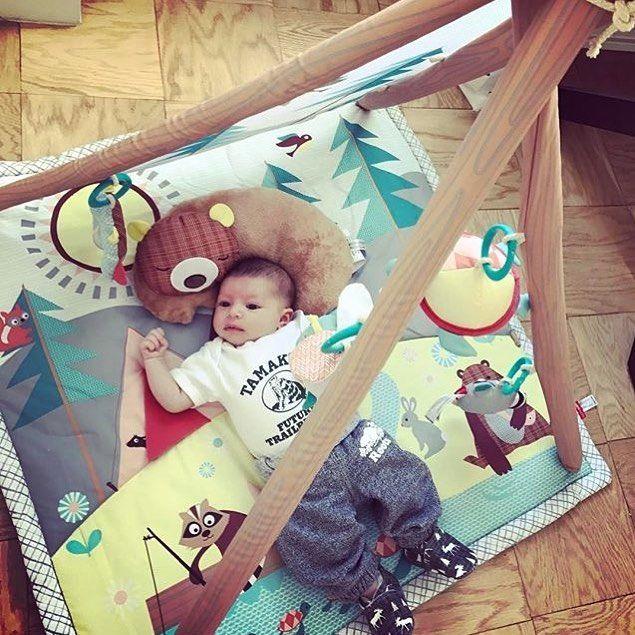 Just the sweetest little #FutureTrailblazer getting ready for #Tamakwa2024 !!!! 💚💚💚💚 #TamakwaSpirit #AlgonquinPark @rootscanada #TamakwaOnesie