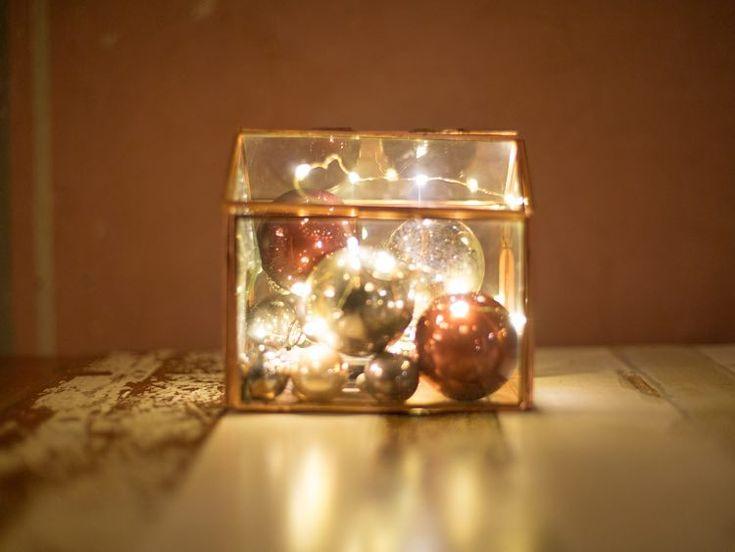 ber ideen zu lichterkette kugeln auf pinterest lichterketten weihnachtswichtel und. Black Bedroom Furniture Sets. Home Design Ideas