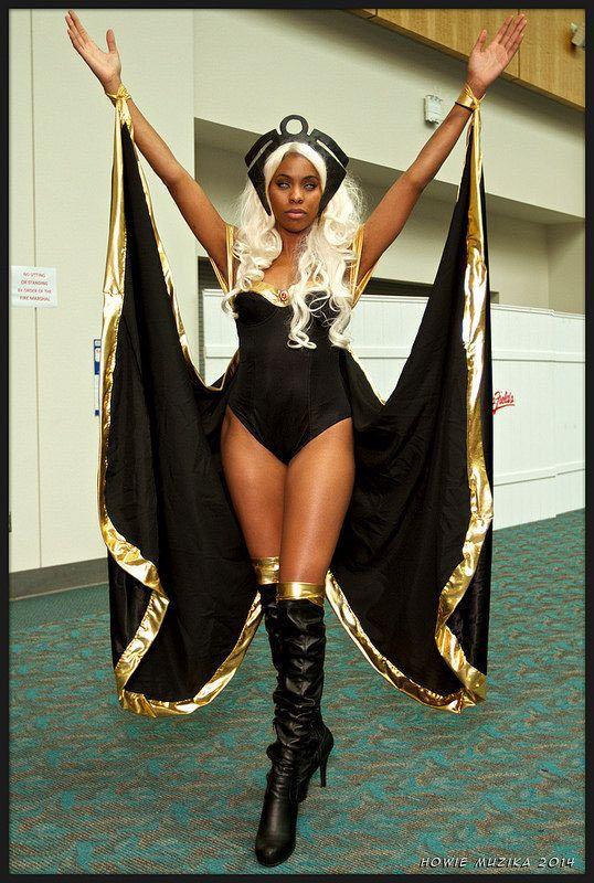 DIY X-Men Storm Halloween Costume Idea 3