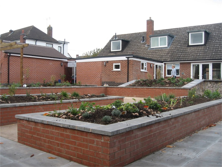 17 best images about accessible raised beds on pinterest for Garden design ideas for disabled