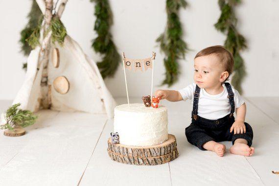 Ein Kuchendeckel, 1. Geburtstag Kuchendeckel, erster Geburtstag, Kuchendeckel eins, Kuchen Banner, ein Kuchen Banner, 1. Geburtstag, Nummer eins, rustikal   – バースデーパーティー