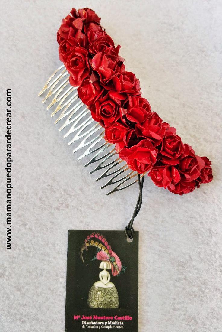 www.mamanopuedoparardecrear.com María José Montero Castillo T. 628 532 319 Y como si de un cuadro se tratase,  he pintado pétalo a pétalo las rosas  que os muestro en esta preciosa peineta que he realizado.  NO UTILIZO PEGAMENTOS,  todas ellas están alambradas a una base que he Diseñado  para fijarla a la peina.