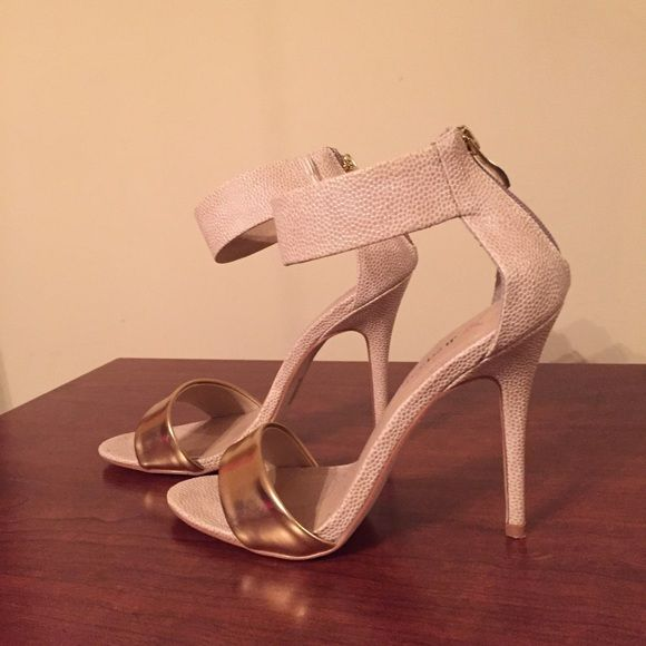 Gold/ cream high heels NEW! Shoes Heels