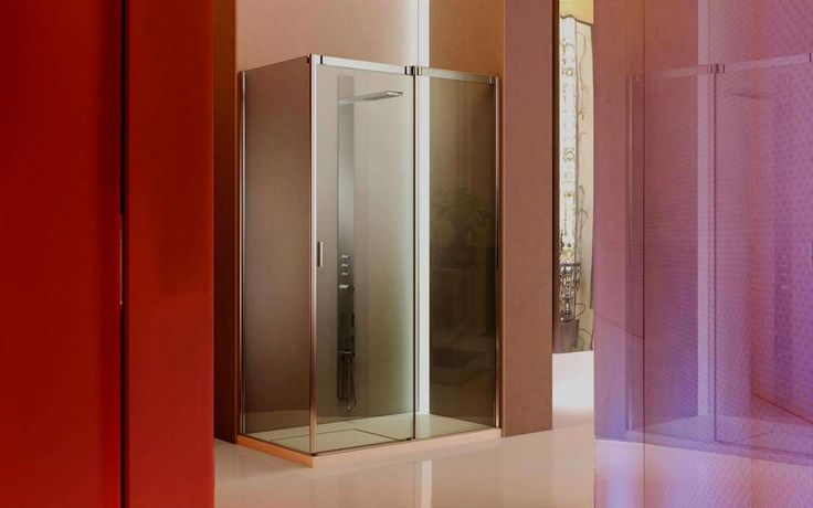 Slide MASSIMA TRASPARENZA Slide è la  collezione di cabine doccia con apertura ad anta scorrevole, realizzata per differenti opportunità di collocazione nell'ambiente.