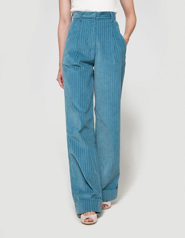 From Trademark, a high-waisted corduroy pant in Light Blue. Featuring a zip fly with hook and bar closure, slant pockets at front, belt loops, patch pockets at back, sewn-in cuffed hem and a relaxed fit.  • High-waisted corduroy pant in Light Blue • Zi