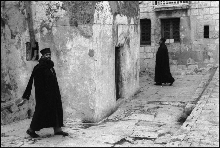 © Nikos Economopoulos/Magnum Photos // Jerusalem. Ethiopian monks in a Ethiopian Patriarch area. 1996.