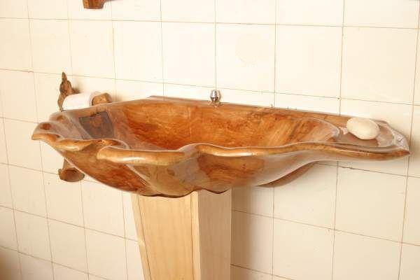 Wood sink of solid wood. Umywalka drweniana z litego drewna.