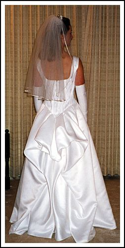 About bustles on pinterest flapper wedding dresses gowns and brides