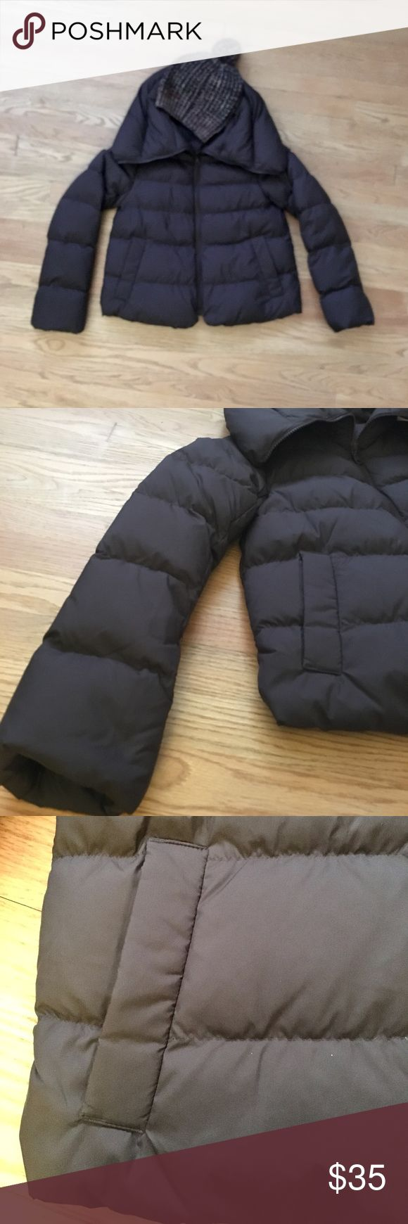 NBW✨ Down Puffer Jacket Bought this a size too small. Just tried on. In perfect condition-- basically new! Shell is soft and fill is very puffy and cozy. True XS. Comment with questions! Uniqlo Jackets & Coats Puffers