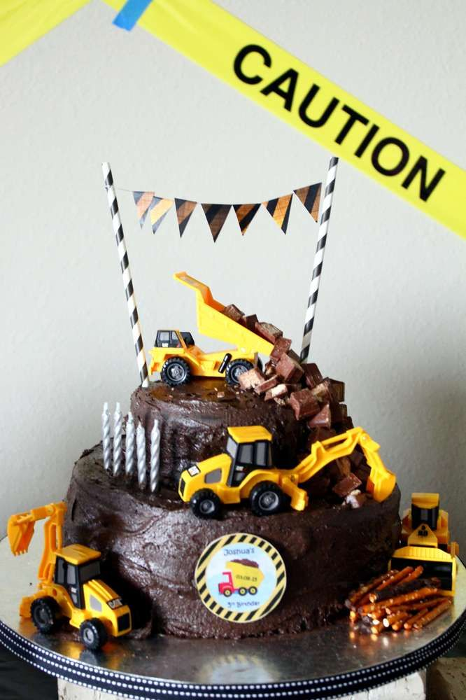 Chocolate cake at a construction birthday party! See more party ideas at CatchMyParty.com!
