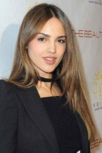 Eiza Gonzalez's sleek hairstyle