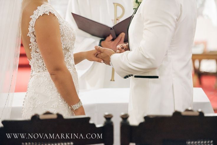 Exchanging Rings || Wedding Ceremony Photography Inspiration || NovaMarkina Photography || See more of this Liuna Station Wedding here: http://www.novamarkina.com/blog/liuna-station-wedding-photography-k-a