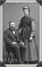 19c photo of a Finnish sailor with his wife - source Aland Maritime Museum - Finland.