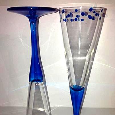 Hand painted bubbles flutes by Lynda @ Funstuff by Lynda - Port Douglas Market (http://facebook.com/portdouglasmarket)