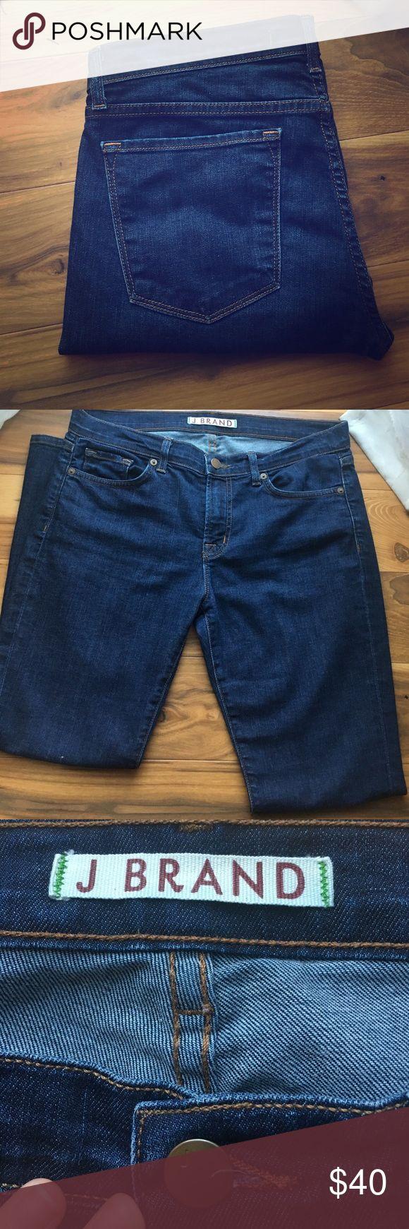OFFERS! J Brand Jeans 👖💕💎 J brand. GiGi style. Size 28 J Brand Jeans Boot Cut