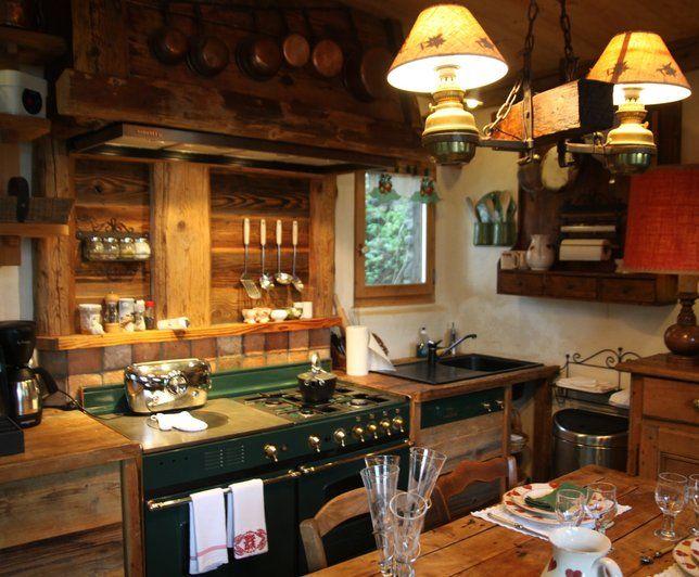 pingl par d sur maisons de campagne pinterest chalet bois cuisines rustiques et. Black Bedroom Furniture Sets. Home Design Ideas