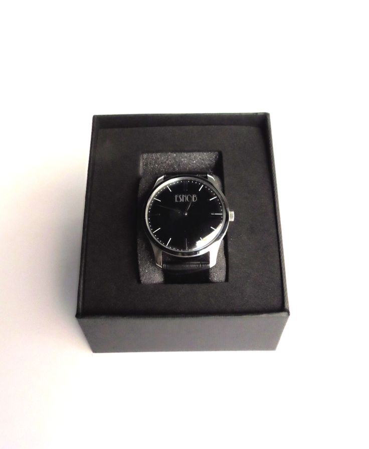 Reloj clásico en http://esnob.eu/ACCESORIOS-HOMBRE