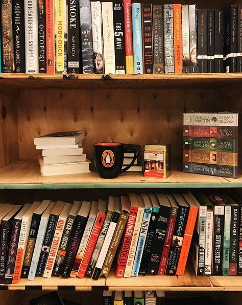 Love your shelf.