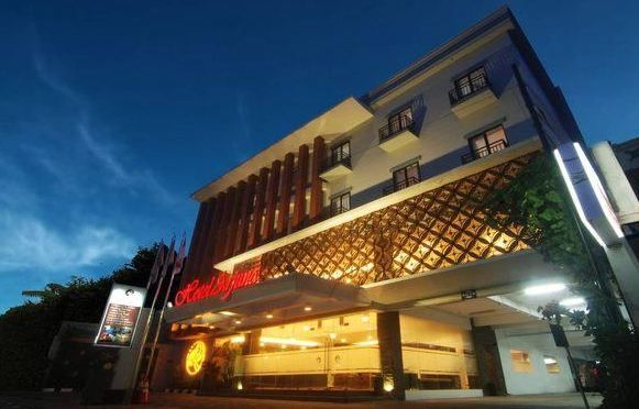 Located in the center of the city of Yogyakarta, Jl Mangkubumi (prime area) , be our selling point to customers ...  More info: 0817 5460 488 / 0811 250 3070